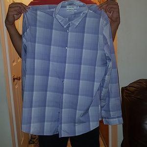 Calvin Klein Buttoned Up Dress Shirt XL